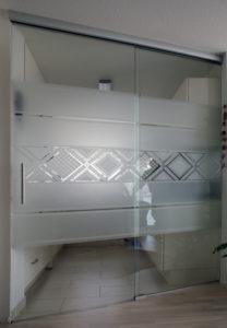 Glas und Spiegel